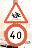 figura 108 - Segnali di circolazione.