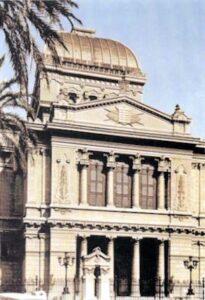 figura 92 - Tempio israelita di Roma. (Italia)