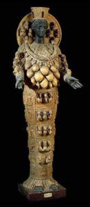 """Figura 4 - """"L'Artemide di Efeso"""". Museo Nazionale di Napoli (Italia)"""